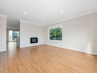 4 / 3 Inner Harbour Drive, Patterson Lakes