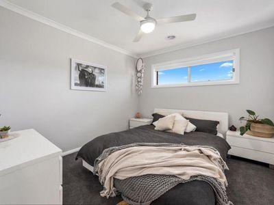 25 Thurles Avenue, Wangaratta