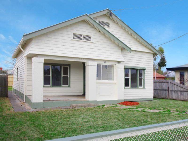 252 Shannon Avenue, Geelong West
