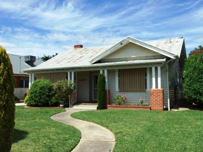 108 Swan Street, Wangaratta
