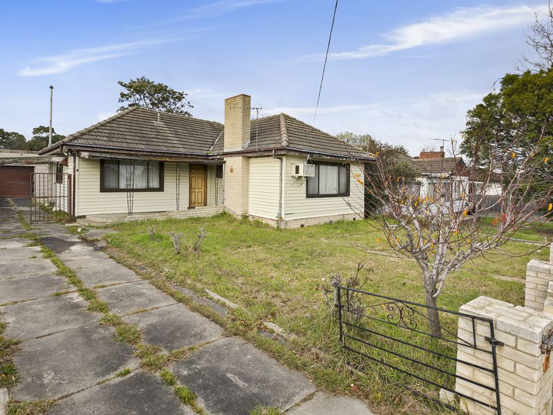 21 Fifth Avenue, Dandenong
