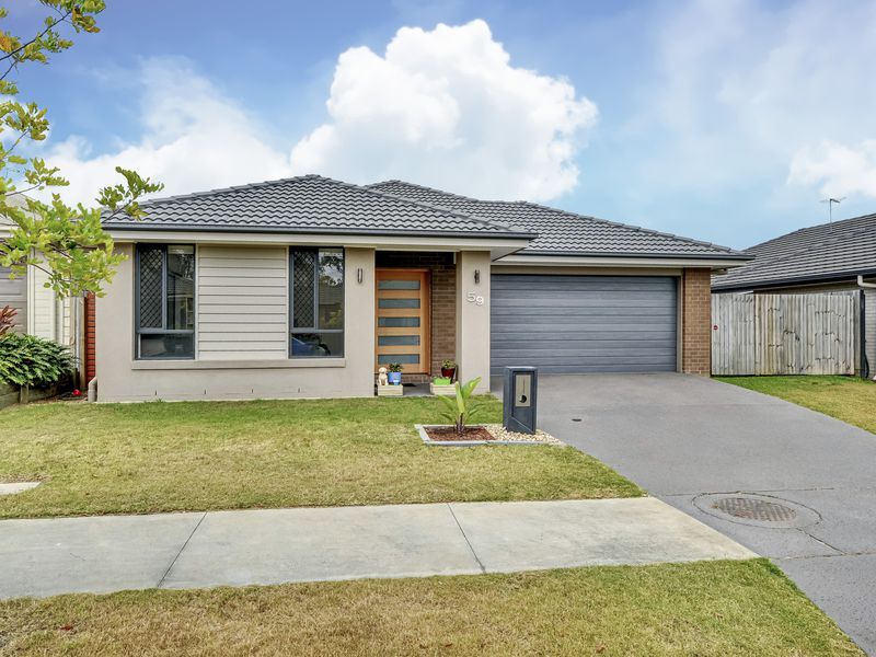 59 Walker Circuit, Flagstone