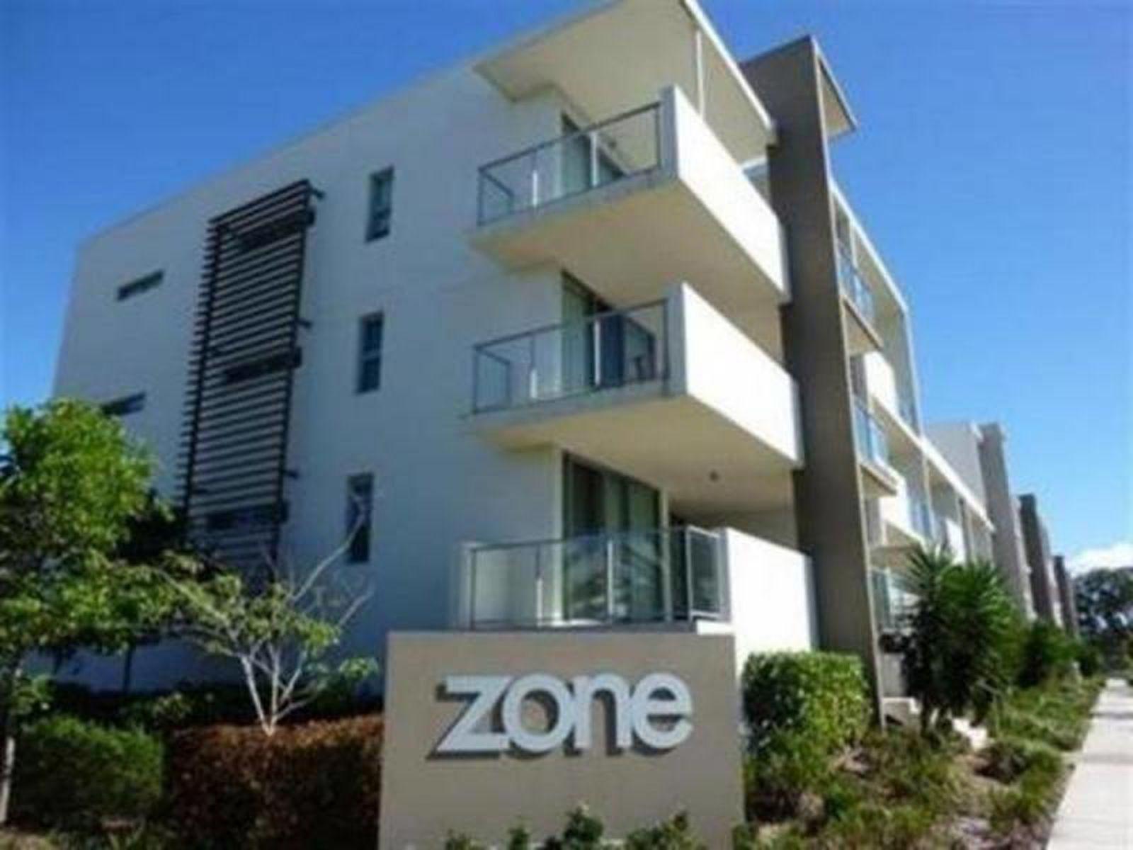The Zone / 2 Gaven Crescent, Mermaid Beach