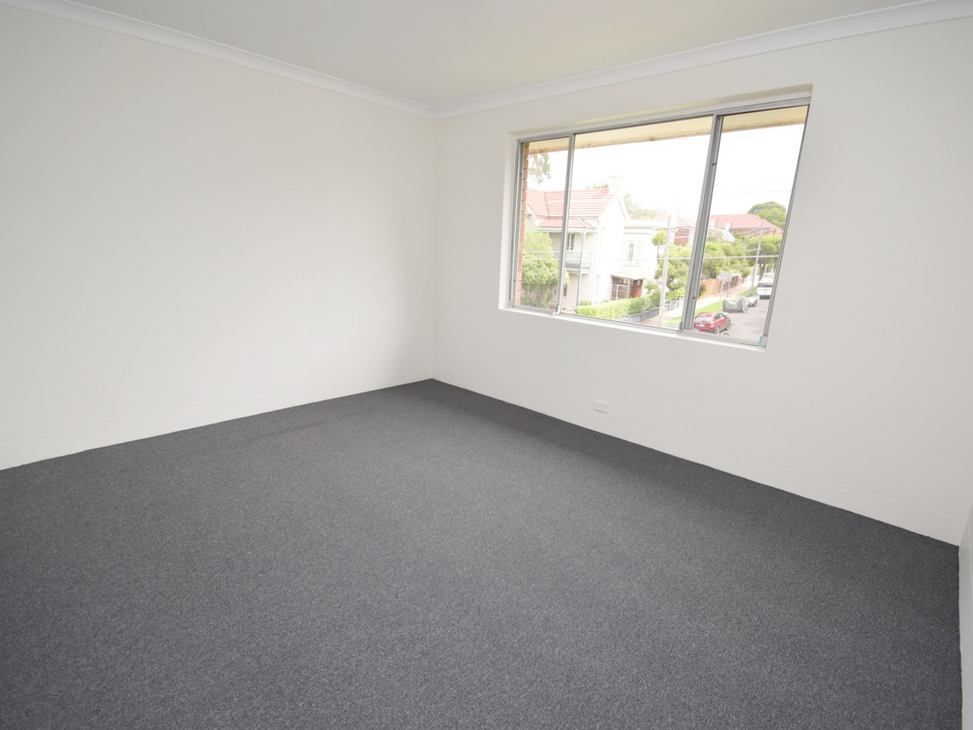 5 / 16 Henson Street, Summer Hill