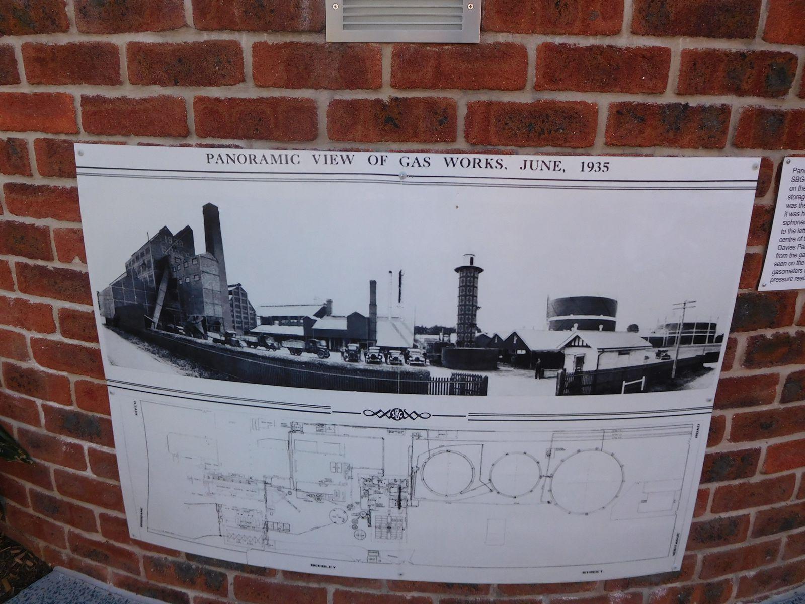 20111 / 11- 15 Beesley Street , West End