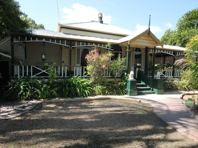 7 ANNE ST, Charters Towers City