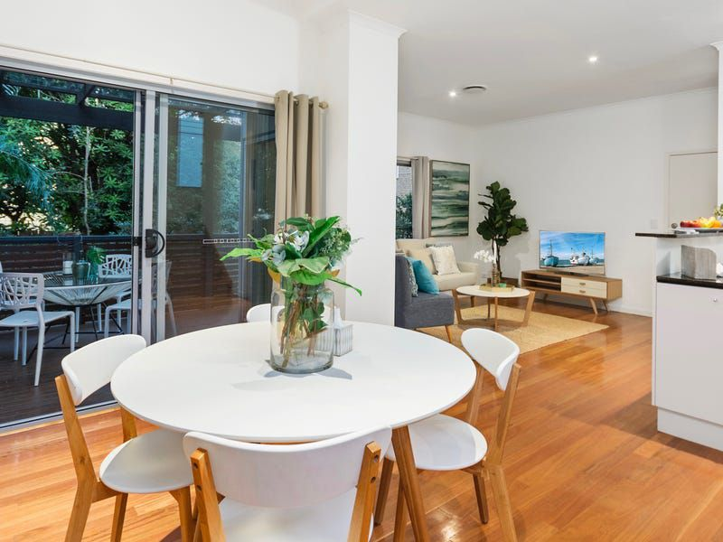 7 / 82 Clarence Road, Indooroopilly