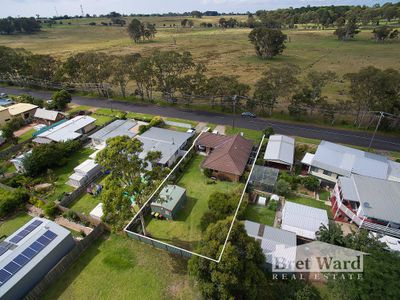 111 Bay Road, Eagle Point