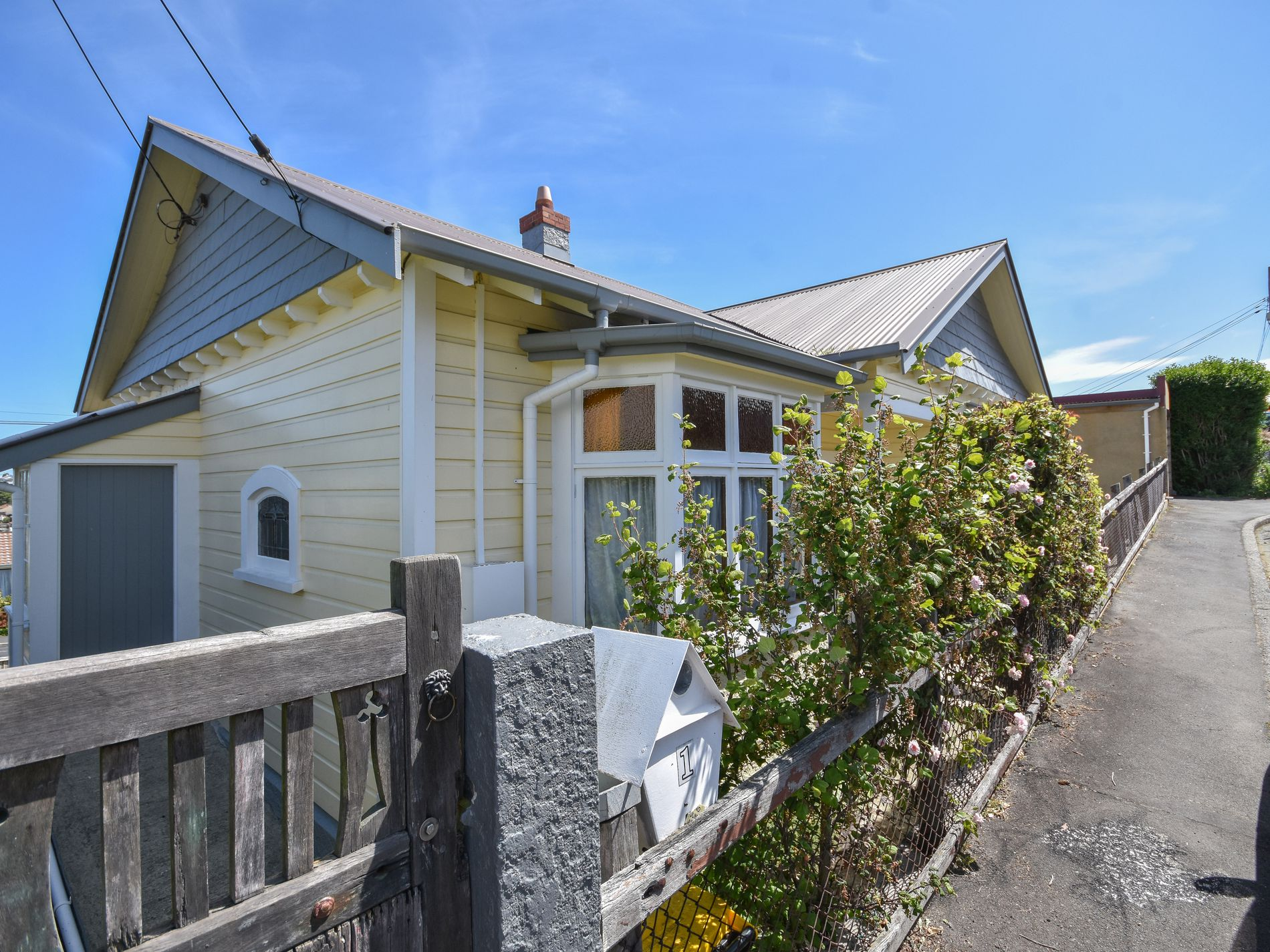 1 Henderson Street, Mornington