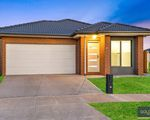 49 Queensbridge Ave, Tarneit
