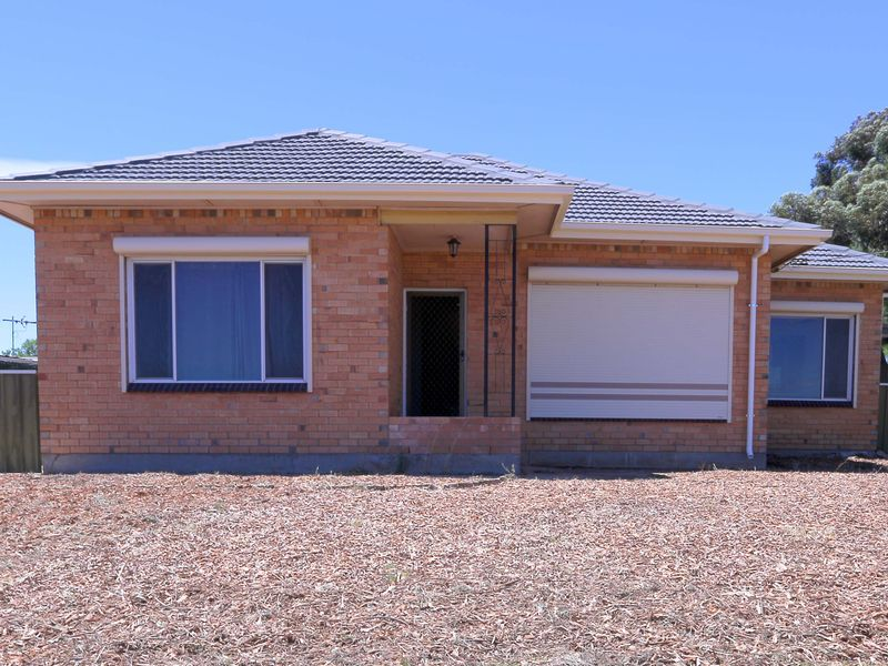 38 Briens Road, Northfield