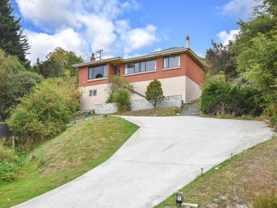7 Winifred Street, Concord