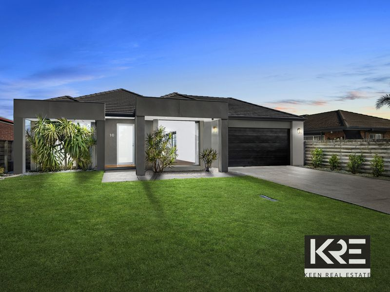 16 Giles Place, Traralgon