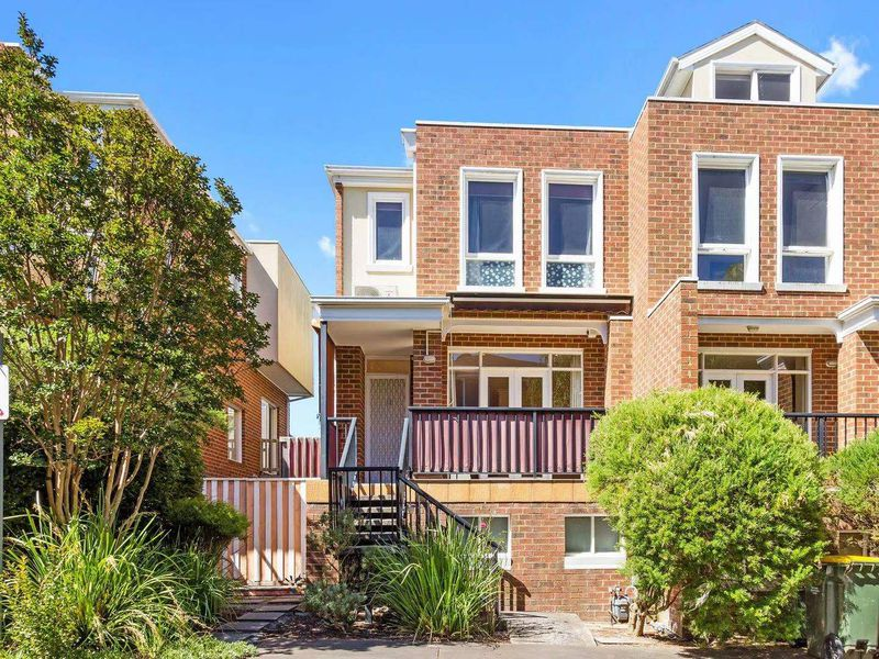 12 / 1084 WHITEHORSE ROAD, Box Hill