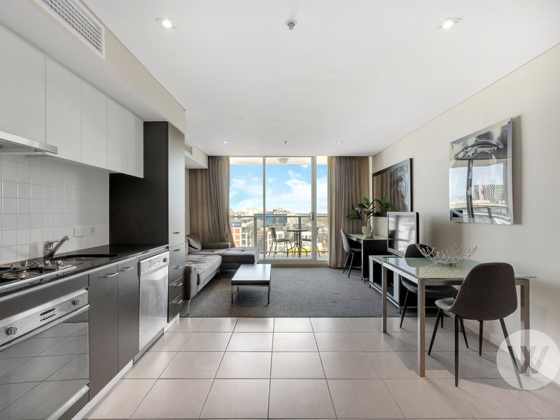 1013 / 96 North Terrace, Adelaide