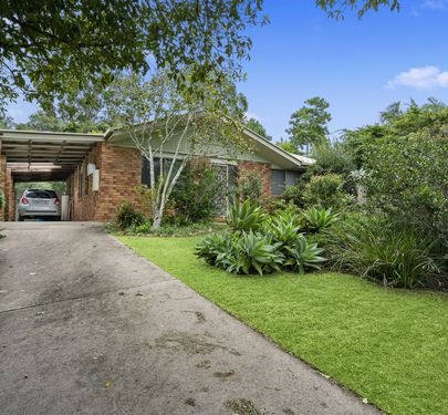8 Kirsten Drive, Glass House Mountains