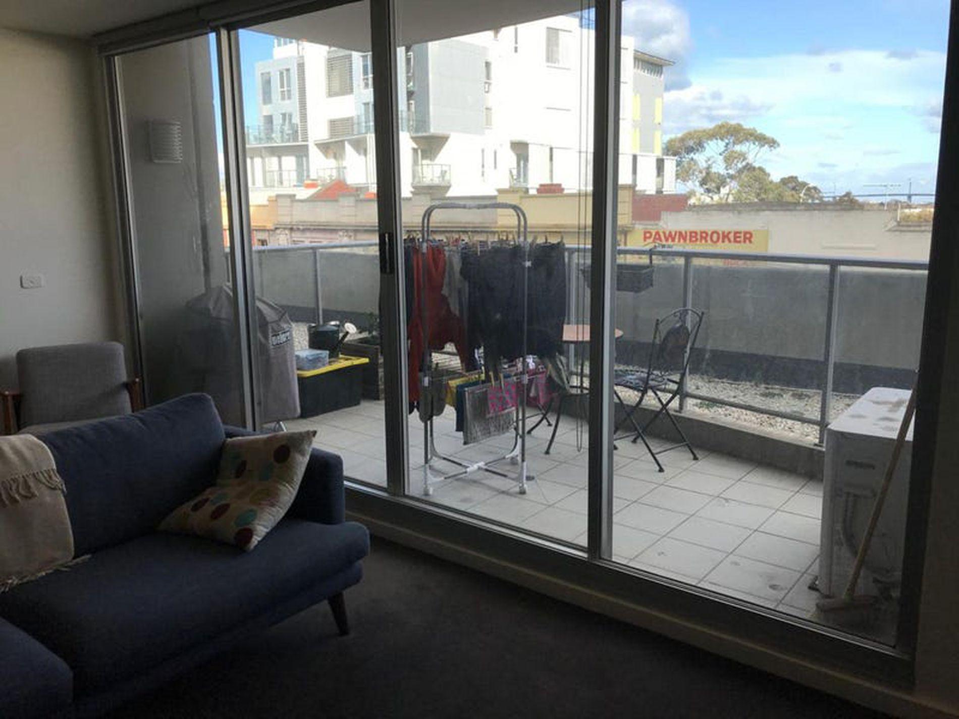 203 / 250 Barkly Street, Footscray