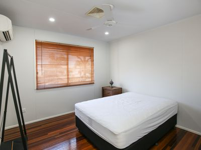 27 Mackay Street, Moranbah