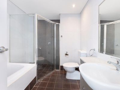607 / 31 - 37 Hassall Street , Parramatta