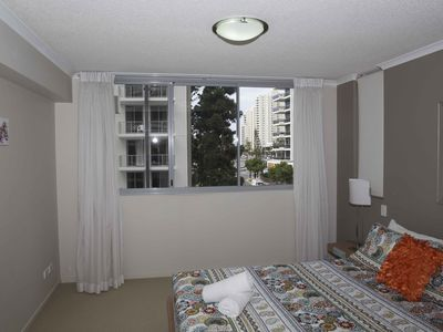 244 / 21 CYPRESS AVENUE, Surfers Paradise