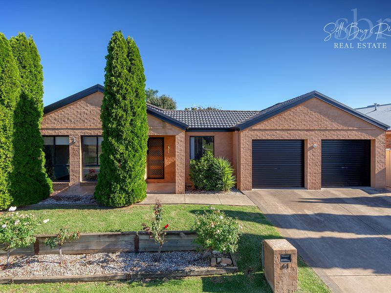 61 NIGHTINGALE AVENUE, Wodonga